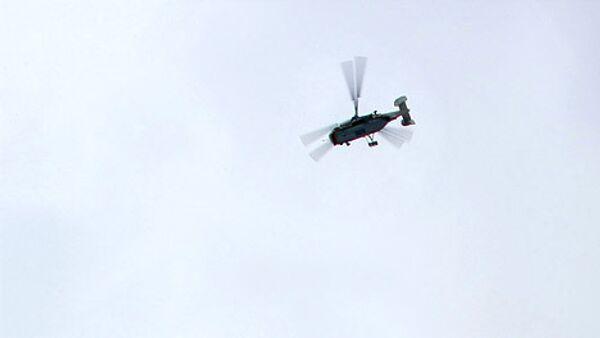 Поиск рабочих, находившихся в упавшем в Каспий вертолете, продолжается