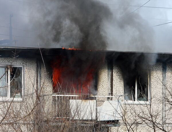 Локализован пожар, возникший после штурма квартиры во Владивостоке