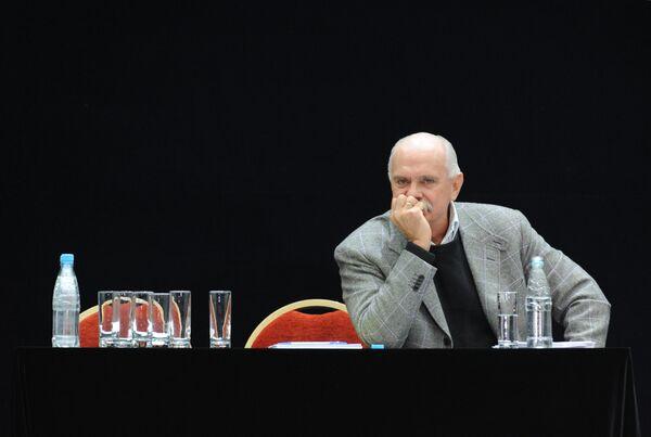 Внеочередной съезд Союза кинематографистов продолжит свою работу