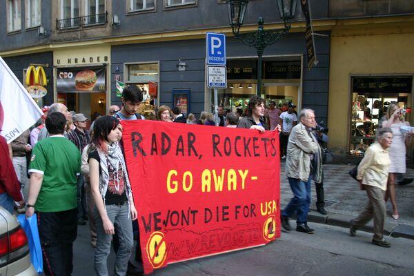 Манифестация противников радара ПРО прошла в Праге