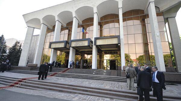 Досрочные парламентские выборы в Молдавии планируется провести в июле