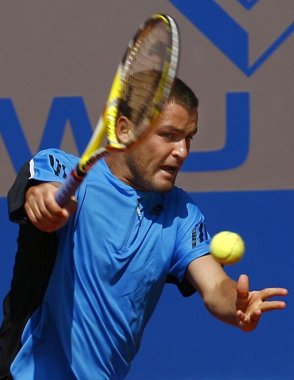 Южный вышел в финал теннисного турнира в Лондоне в парном разряде