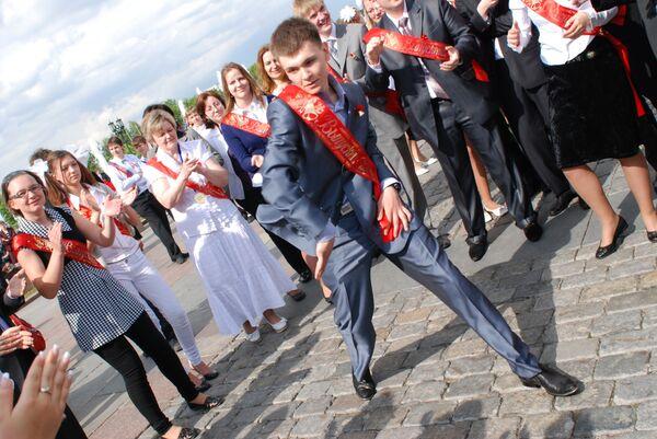 Праздник Алые паруса для выпускников школ пройдет в Петербурге