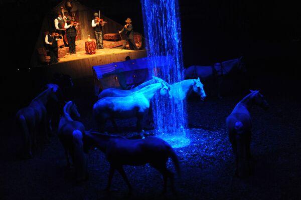 Спектакль Баттута конного театра Зингаро из Франции