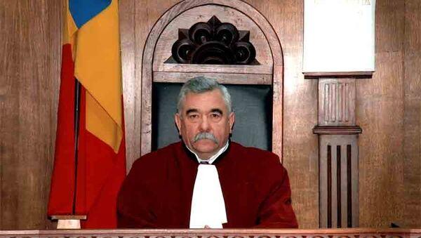 Председатель Конституционного суда Молдавии Дмитрий Пулбере