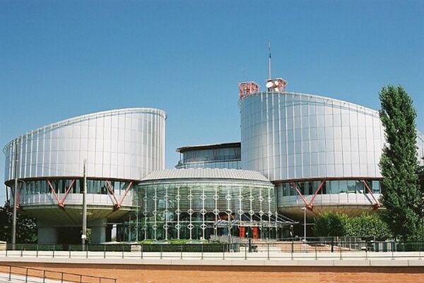 Противник запрета минаретов в Швейцарии подал иск в Страсбургский суд