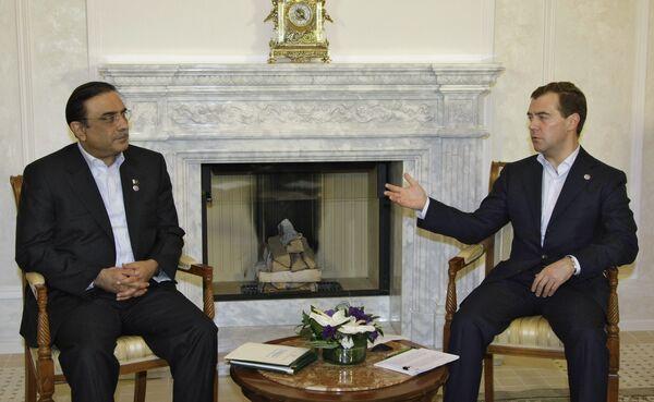 Встреча президентов России и Пакистана Д.Медведева и А.Зардари. Архив.