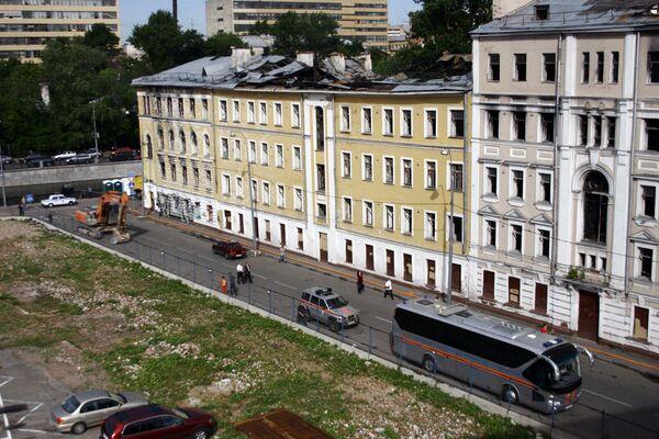На месте обрушения дома в Москве