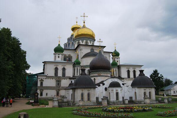 Воскресенский собор подмосковного Ново-Иерусалимского монастыря
