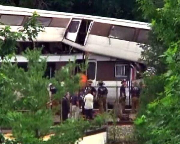 При столкновении поездов в вашингтонском метро погибли шесть человек