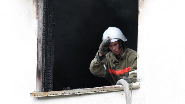 Взрыв и пожар произошли в квартире девятиэтажного жилого дома на улице Папанина в Екатеринбурге