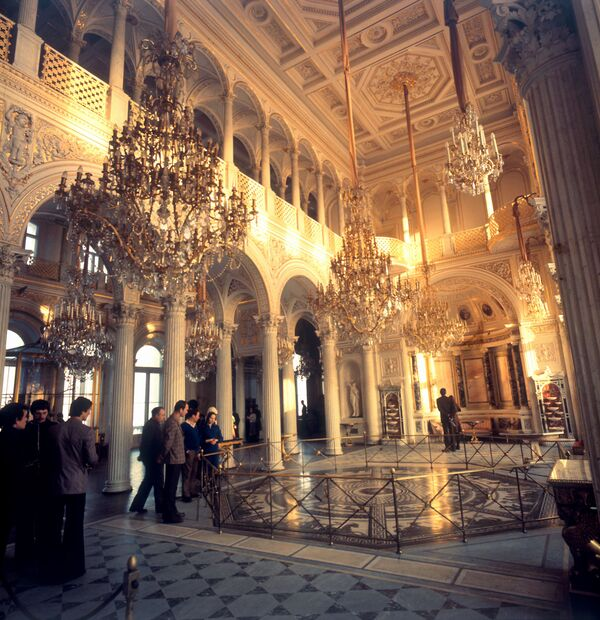 Государственный Эрмитаж. Павильонный зал, созданный в середине XIX веке.