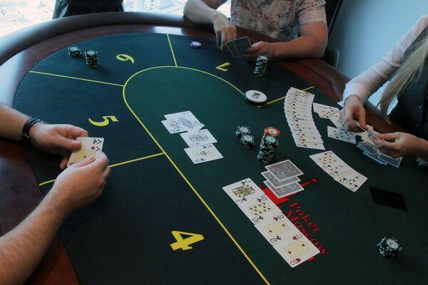 Спортивный покер