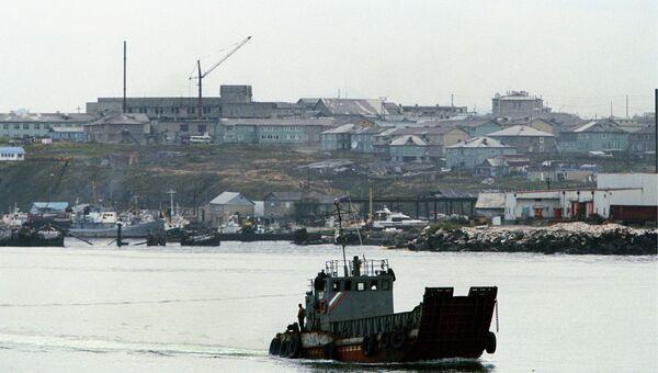 Вид на город Южно-Курильск, архивное фото