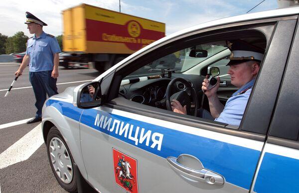 Милиция начнет с себя борьбу за порядок на дорогах России