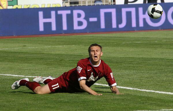 К притормозившему Рубину в ЧР по футболу приблизилась Москва