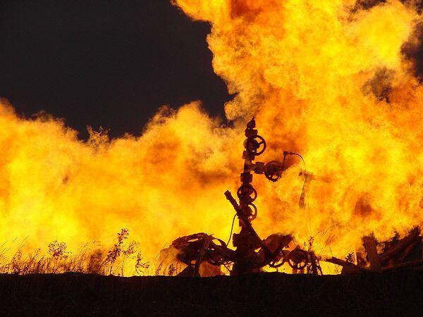 Пожар на скважине в Волгограде