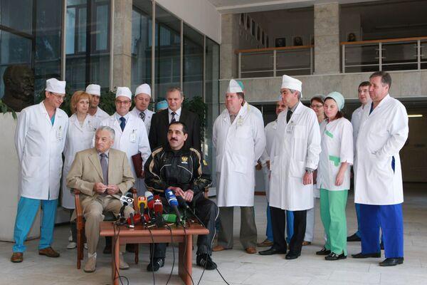 Президент Ингушетии Юнус-Бек Евкуров выписан из Института хирургии им. А. В. Вишневского