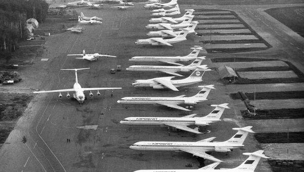 Стоянка самолётов аэропорта Шереметьево-2. Архив