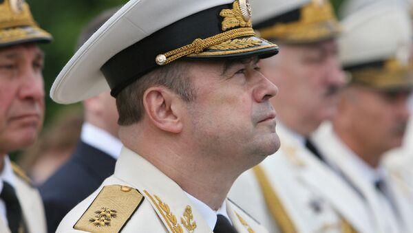 Командующий Балтфлотом просит подождать с информацией о его отставке