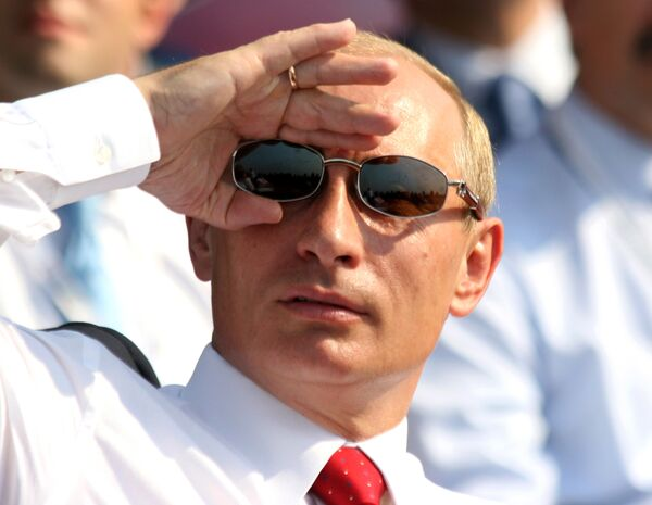 Владимир Путин на салон МАКС. Архив