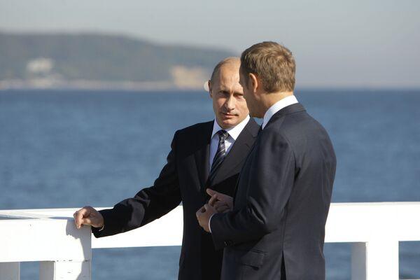 Председатель правительства РФ Владимир Путин и премьер-министр Польши Дональд Туск