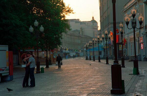 Москвичей иногда не пускают на массовые мероприятия без спецпропусков