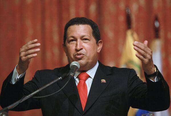 Венесуэла будет наращивать оборонительный потенциал - Чавес