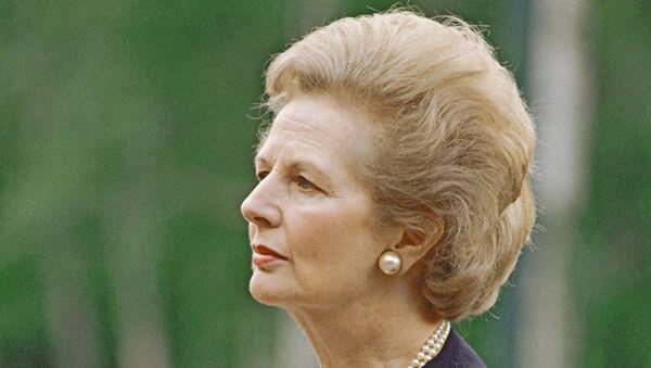 Тэтчер просила Горбачева помешать объединению Германии - Times