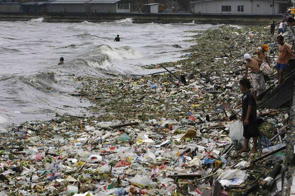Тропический шторм Парма обрушился на Южный Китай