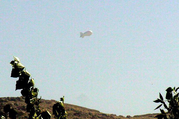 Аэростат слежения ISAF над Кабулом