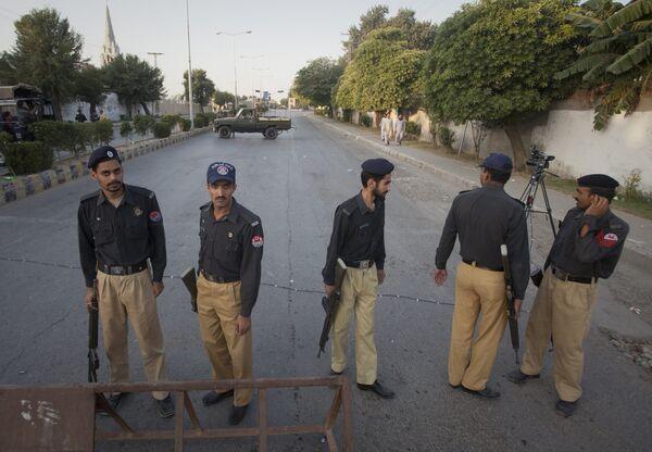 Пакистанская армия начала операцию по освобождению заложников