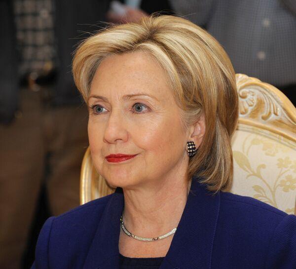 Госсекретарь США Хиллари Клинтон надеется, что россияне внимательно читают Братьев Карамазовых