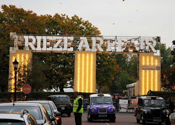 Ярмарка современного искусства Frieze, которая открылась в Лондоне