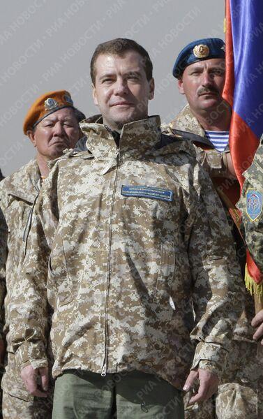 Президент Д.Медведев с лидерами ОДКБ на учениях Взаимодействие- 2009 в Казахстане