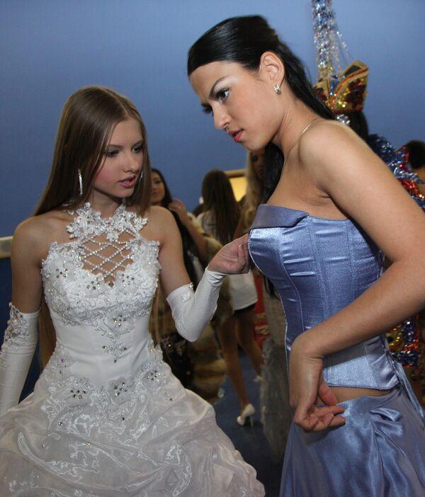 Подготовка к финалу конкурса Краса России-2009 в Кемерово
