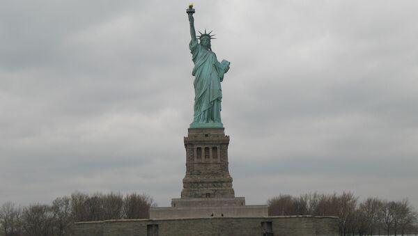 Нью-Йорк. Статуя Свободы.