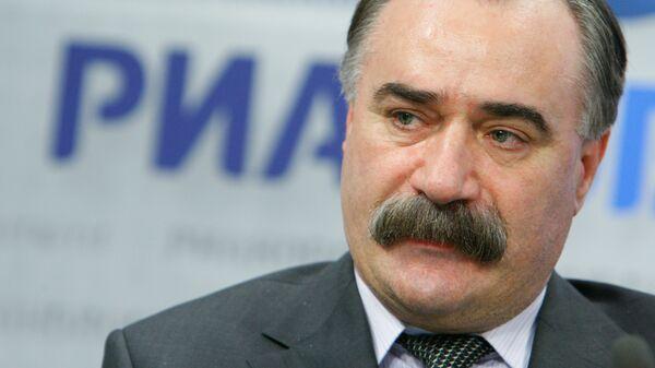 Руслан Аушев. Архивное фото