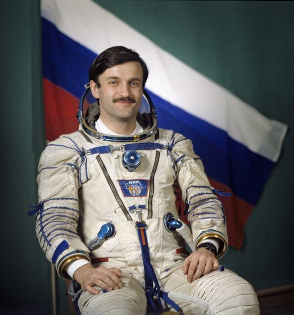 Александр Калери космонавт-бортинженер. Архив