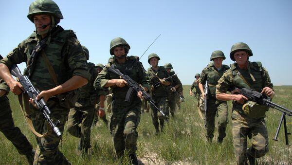 Медведев ставит задачу сделать армию боеспособной и мобильной