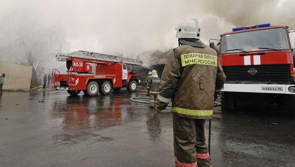 Пожару на юго-востоке Москвы присвоена повышенная категория сложности