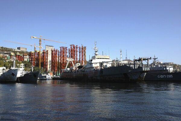 Владивосток готовится к форуму АТЭС-2012. Архив