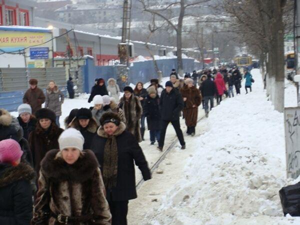 Последствия снегопада во Владивостоке