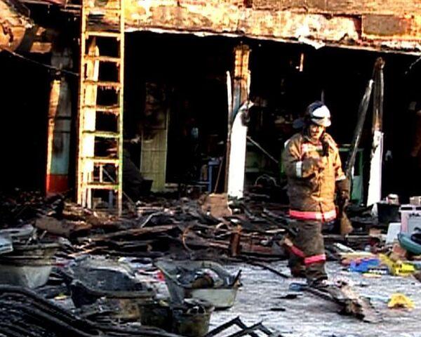Пожар на мытищинской ярмарке потушили за три часа