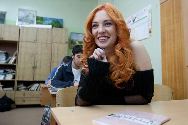 Актриса Анна Шепелева в сериале Школа