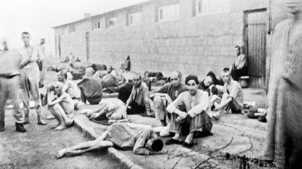 Узники немецкого лагеря смерти Маутхаузен в дни войны. Архив