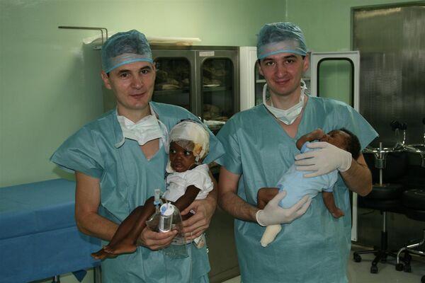 Работа бригады доктора Рошаля в Доминикане