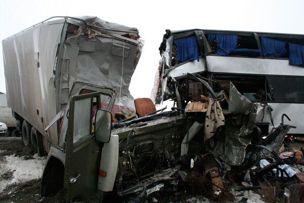 Крупная автоавария на трассе Махачкала-Астрахань