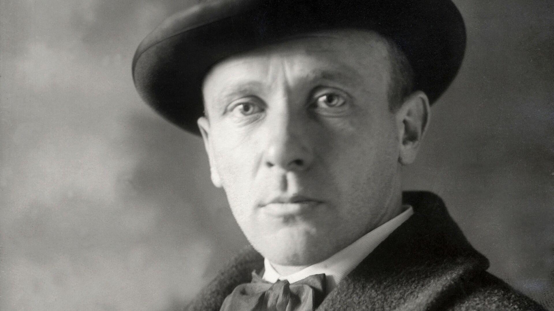 Русский советский писатель Михаил Афанасьевич Булгаков  - РИА Новости, 1920, 15.05.2021