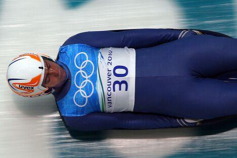 Грузинский саночник скончался после аварии на олимпийской трассе